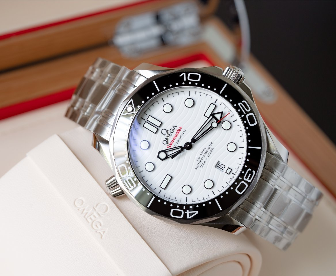 Omega Seamaster Diver 300 M 210.30.42.20.04.001 2021 new