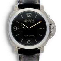 Panerai Luminor Marina 1950 3 Days Automatic Titanium 44mm Black United States of America, California, Los Angeles