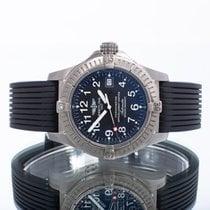 Breitling Avenger Seawolf pre-owned 44mm Black Date Rubber