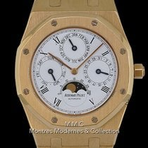 Audemars Piguet Royal Oak Perpetual Calendar Or jaune 39mm Blanc France, Paris