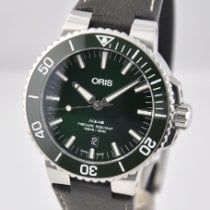 Oris Aquis Date new 2020 Automatic Watch with original box and original papers 01 733 7730 4157-07 5 24 10EB