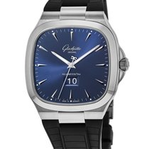 Glashütte Original Seventies Panorama Date Steel 40mm Blue United States of America, New York, Brooklyn