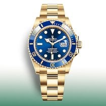 Rolex Submariner Date Yellow gold 41mm Blue No numerals United States of America, New York, New York