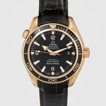 Omega Red gold Automatic Black pre-owned Seamaster Planet Ocean