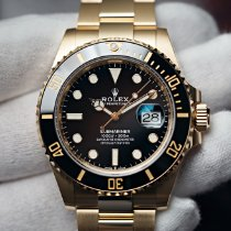 Rolex Yellow gold Automatic Black No numerals 41mm new Submariner Date