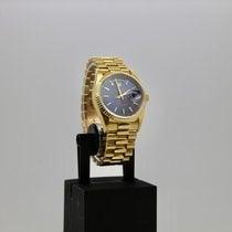 Rolex Day-Date 36 Žluté zlato 36mm Modrá Bez čísel