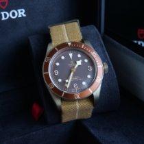 Tudor Black Bay Bronze 79250BM Very good Bronze 43mm Automatic United Kingdom, KT13 0EP