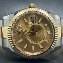 Rolex Sky-Dweller occasion 42mm Or Date panorama Or/Acier