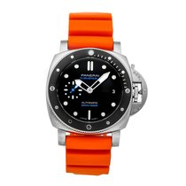 Panerai Luminor Submersible PAM00683 Very good Steel 42mm Automatic