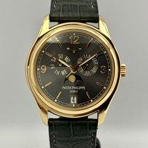 Patek Philippe Annual Calendar 5146J-010 Velmi dobré Žluté zlato 39mm Automatika