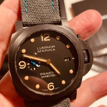 Panerai PAM00661 Carbon 2019 44mm pre-owned United States of America, California, Woodland