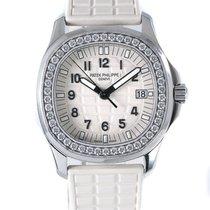 Patek Philippe Aquanaut Steel 35.6mm White Arabic numerals