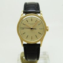 Patek Philippe Calatrava Yellow gold 30.5mm White