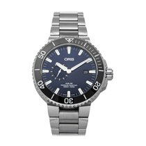 Oris Aquis Small Second pre-owned 45.5mm Blue Date Fold clasp