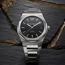 Girard Perregaux Laureato new 2020 Automatic Watch with original box and original papers 81010-11-635-11A