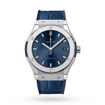 Hublot Classic Fusion Blue occasion 45mm Bleu Date Cuir de crocodile