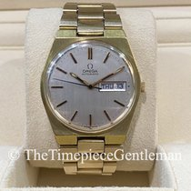 Omega Yellow gold Manual winding 2686 pre-owned