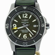 Breitling Superocean 44 pre-owned 44mm Green Date Textile