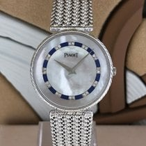 Piaget 8065 D 4 V Very good White gold 31mm Quartz