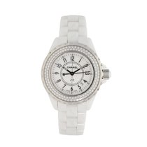 Chanel J12 33mm pre-owned
