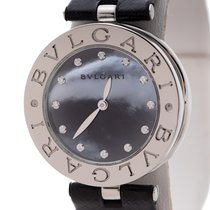Bulgari pre-owned Quartz 30mm Mother of pearl Sapphire crystal