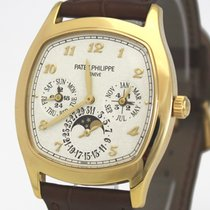 Patek Philippe Perpetual Calendar Yellow gold 37mm White