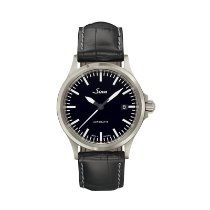 Sinn 556 new Automatic Watch with original box and original papers 556.010