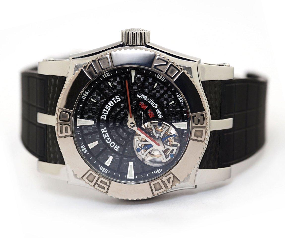 Roger Dubuis Easy Diver SE48 02 9/0 K9.53 подержанные