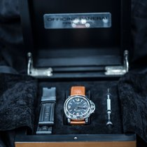Panerai Special Editions Acier 42mm Noir Arabes France, Revel