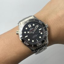 Omega Seamaster Diver 300 M 210.30.42.20.01.001 Very good Steel 42mm Automatic Malaysia