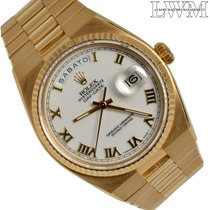 Rolex Day-Date Oysterquartz Yellow gold 36mm Roman numerals