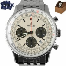 Breitling Navitimer 1 B01 Chronograph 43 pre-owned 43mm White Chronograph Date Steel