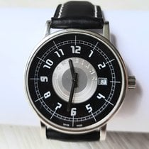 Montblanc Summit pre-owned 38mm Black Date Leather