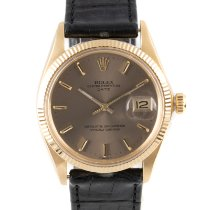 Rolex 1503 Yellow gold 1972 Oyster Perpetual Date 34mm pre-owned