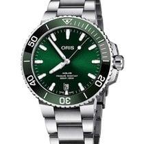 Oris Aquis Date Green United States of America, New York, Brooklyn