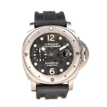 Panerai Luminor Submersible Titan 44mm Svart Arabiska
