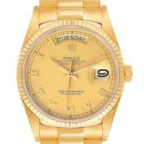 Rolex Day-Date 36 Oro amarillo 36mm Champán Romanos