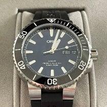 Oris Hammerhead Limited Edition pre-owned 45.5mm Blue Date Rubber