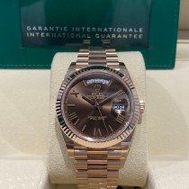 Rolex Day-Date 40 Or rose Brun France, Paris