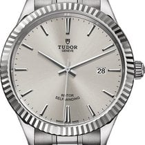Tudor Style Steel 41mm Silver United States of America, California, Moorpark