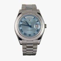 Rolex Platino Automático Azul Romanos 41mm usados Day-Date II