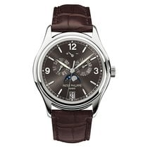 Patek Philippe Annual Calendar new Automatic Watch with original box and original papers 5146G-010