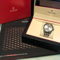 Tudor Glamour Date-Day pre-owned 39mm Silver Date Steel