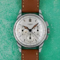 Universal Genève Compax pre-owned 33mmmm Silver Chronograph Leather