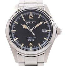 Seiko 4R35-02R0/SZSB006 40mm pre-owned