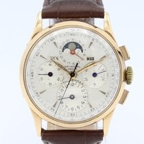 Universal Genève Yellow gold Manual winding 35mm pre-owned Compax