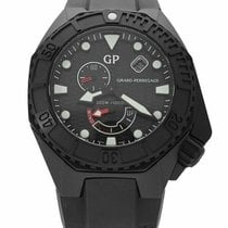 Girard Perregaux Sea Hawk new Automatic Watch with original box and original papers 49960-32-632-FK6A