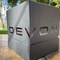 Devon Titanio Automático Devon Tread 1 usados
