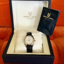 Universal Genève new Automatic Display back Central seconds Luminous numerals 32mm Steel Sapphire crystal