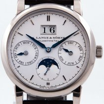 A. Lange & Söhne Saxonia 330.026 Very good White gold 38.5mm Automatic